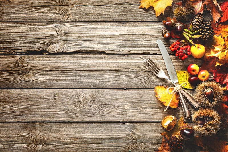Hd Wallpaper Texture Fall Harvest Thanksgiving Autumn Background With The Vintage Silverware