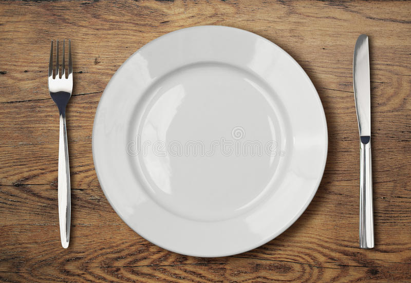 Search Photos By Avirid & Wooden Dining Plates - Castrophotos