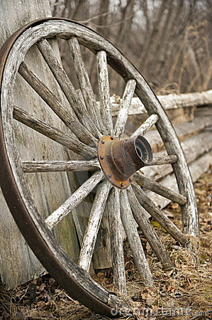 Fall Horse Wallpaper Rustic Wagon Wheel Stock Images Image 24221154