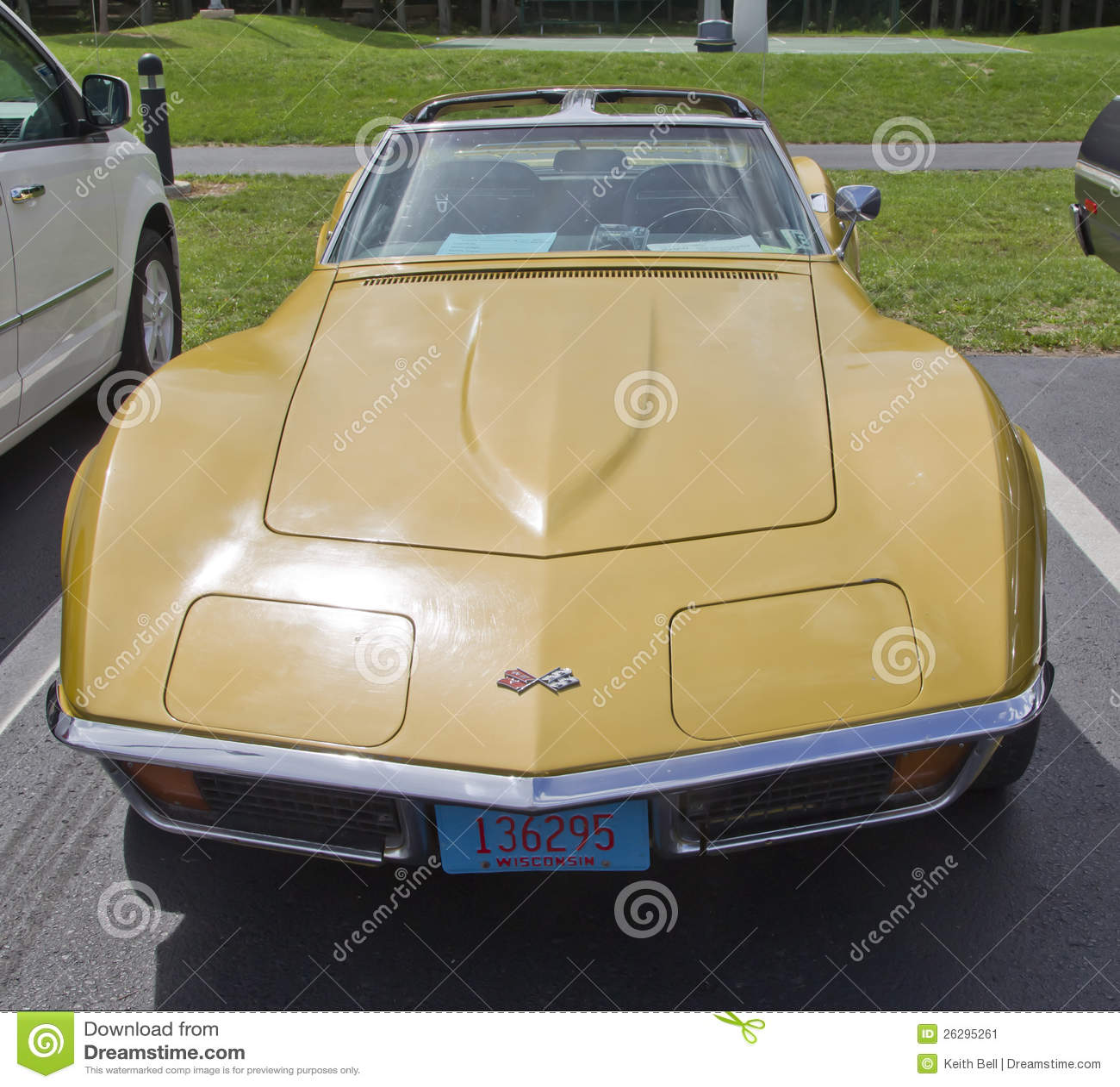 Car Show Wallpaper Download 1972 Chevrolet Corvette Stingray Front View Editorial