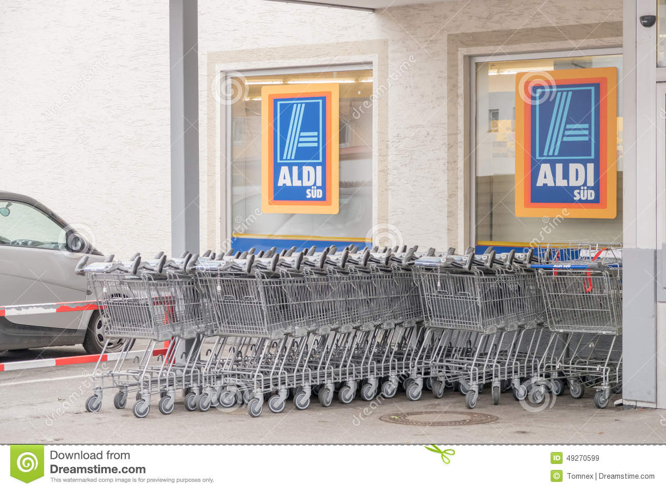 Aldi Küchenrolle Aldi Shopping Carts Editorial Stock Image Image Of German