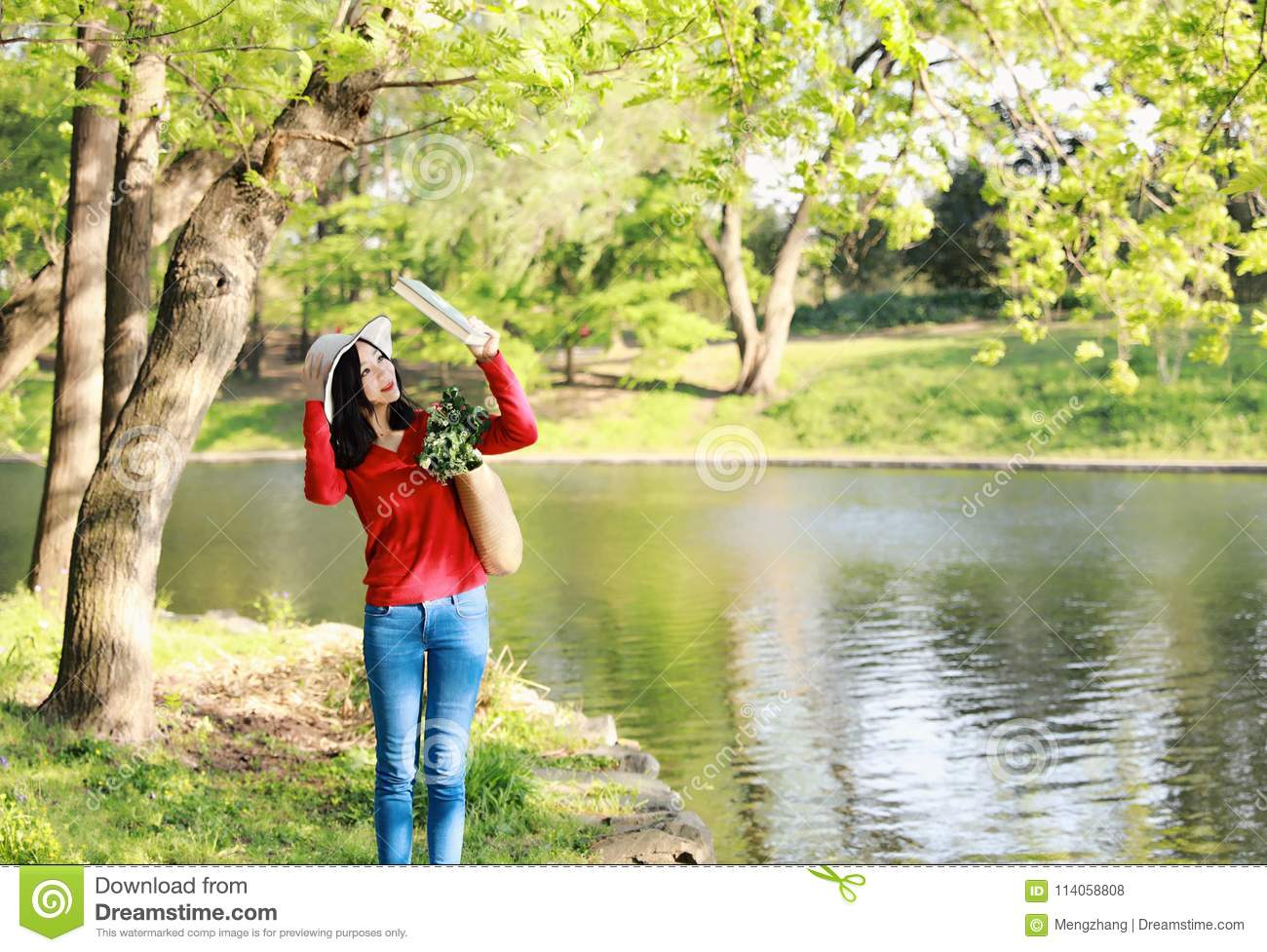 Hat Stand Freedom Asian Chinese Pretty Woman Stand By River Hold A Book Wear A Hat