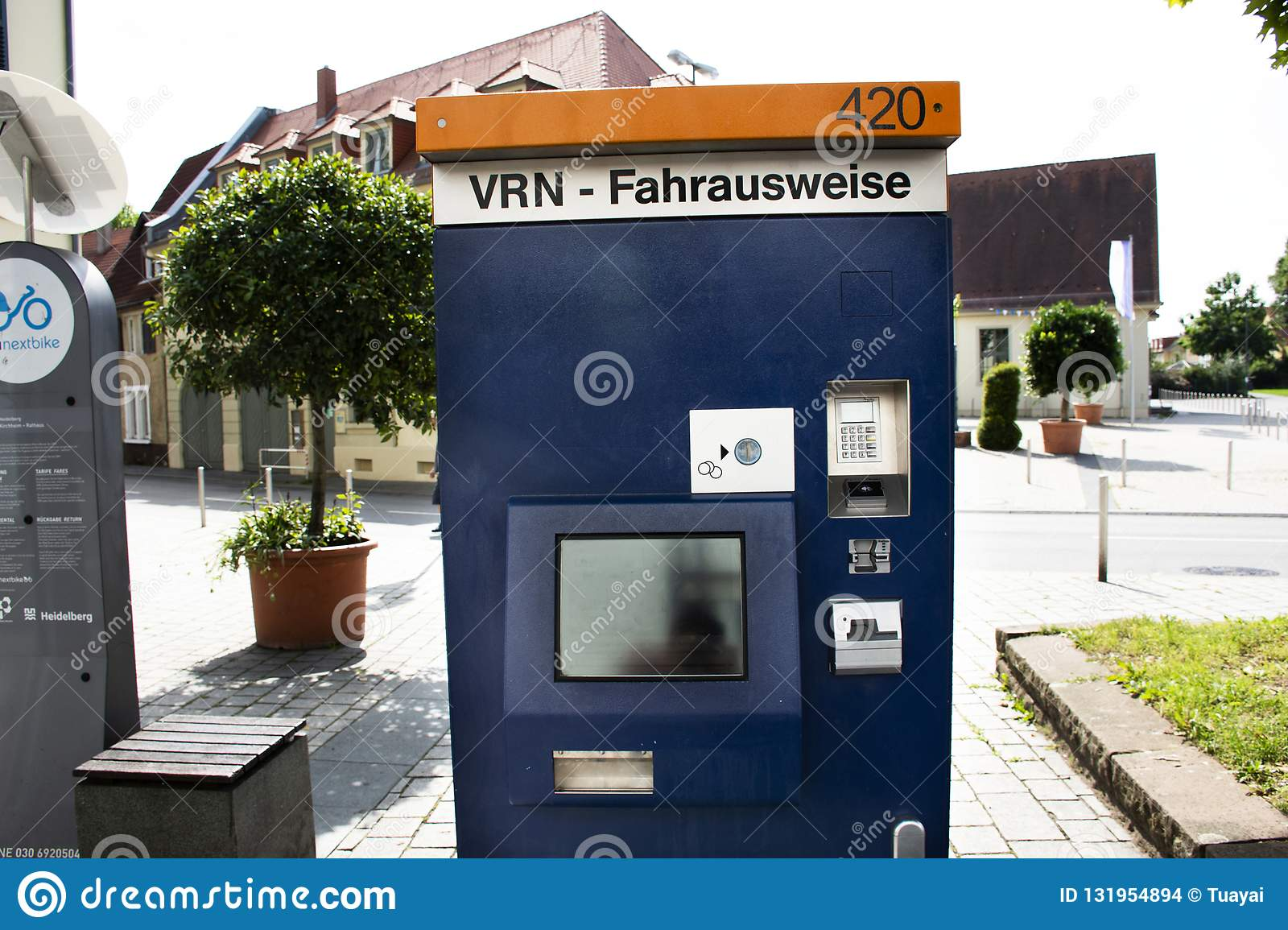 Recycling Heidelberg Automatic Sale Ticket Box Sale Ticket Of Tramway For Passengers