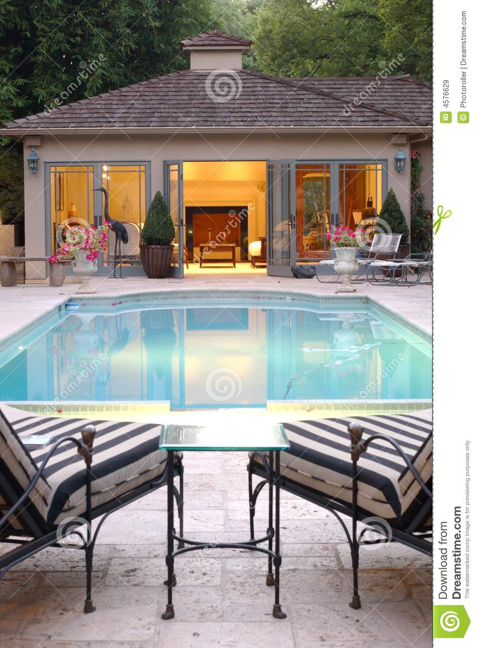 Poolhaus Backyard Pool House Stock Image Image Of Lounge Fire 4576629