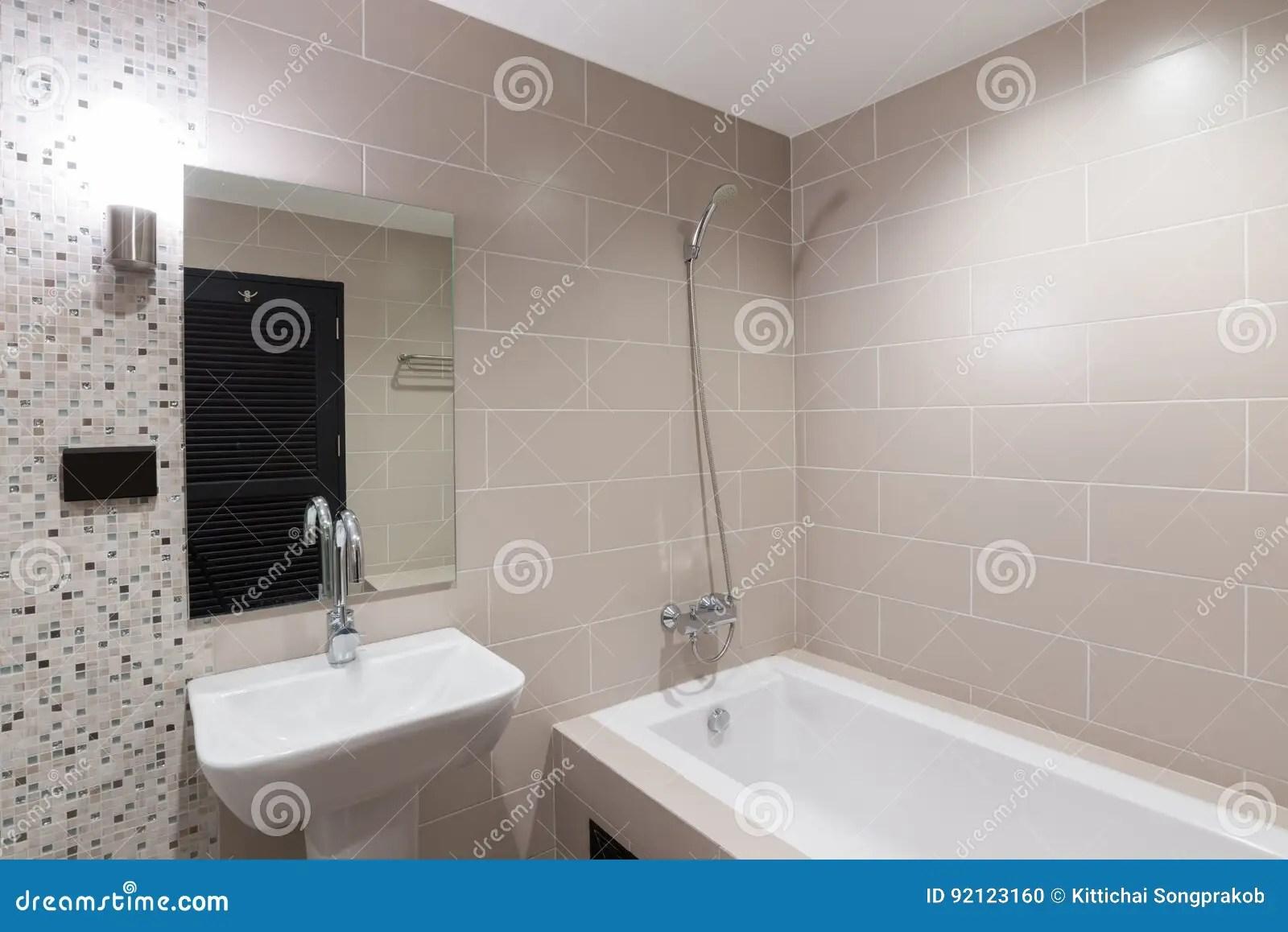 Bagni Con Doccia E Vasca Moderni : Bagni moderni con vasca e doccia great bagno moderno con una