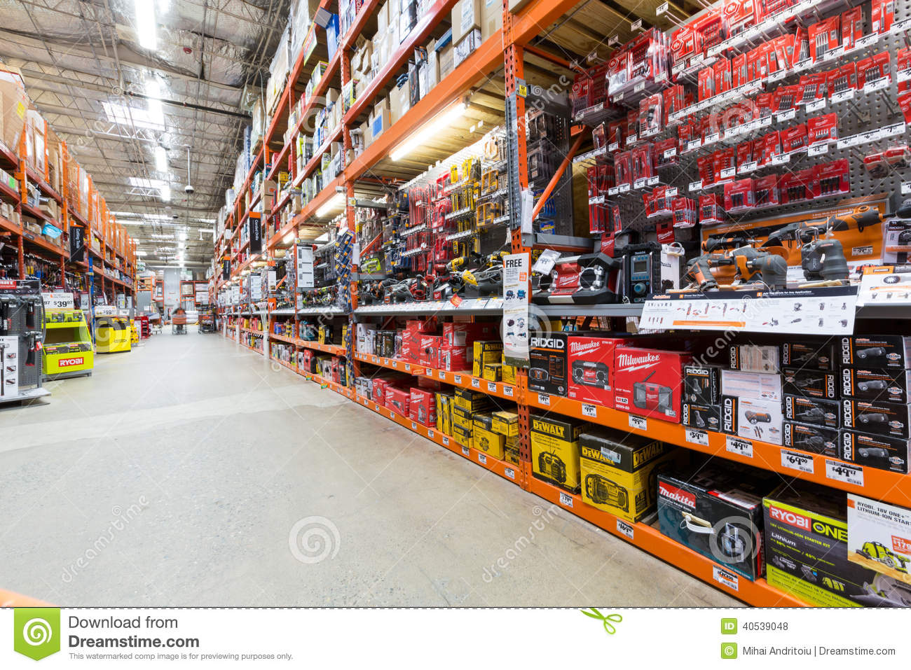 Home Magasin Bas Côté Dans Un Magasin De Matériel De Home Depot Photo Stock