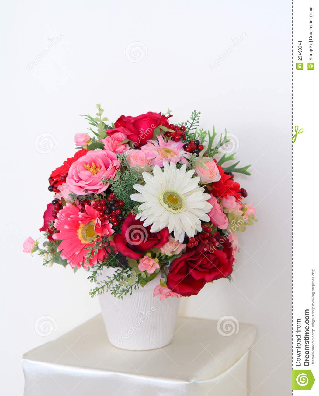 Beautiful Flower Vases Beautiful Flowers In Vase Stock Image Image 23490641