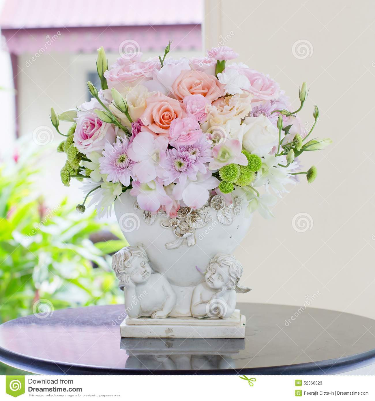 Beautiful Flower Vases 20 Beautiful Flower Vase For Every Homes Styles Tierra Este