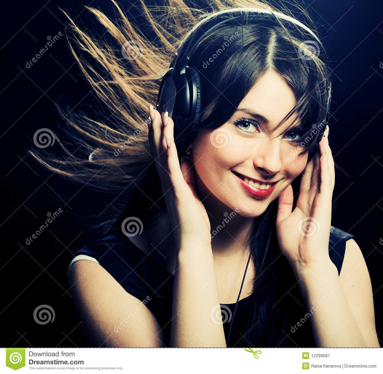 Beautiful Headphones Beautiful Headphones Girl Royalty Free Stock Photography