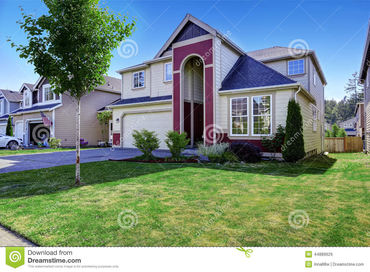 Beautiful Home Entrances Beautiful House With High Entrance Porch In Red Trim Stock