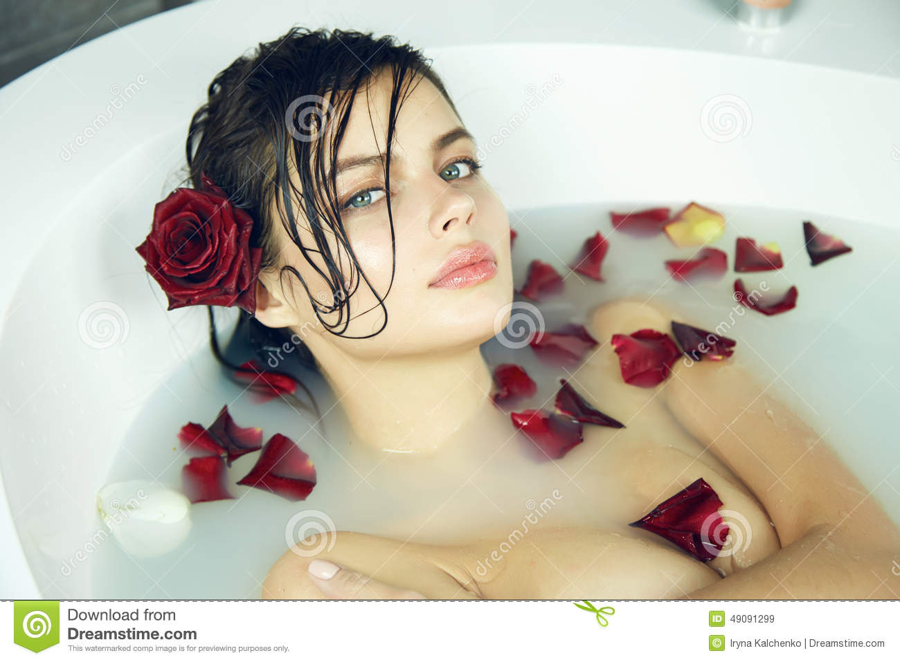 Salon Erotic Beautiful Woman Takes Bath Rose Candles Valentine 39s Day