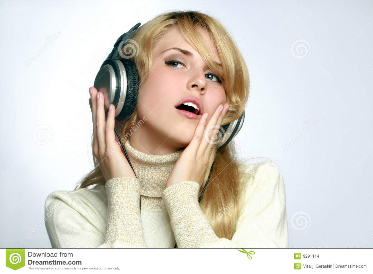 Beautiful Headphones Beautiful Woman Listening Music In Headphones Stock Images