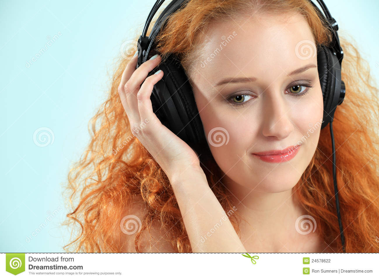 Beautiful Headphones Beautiful Young Redhead With Headphones Stock Photography