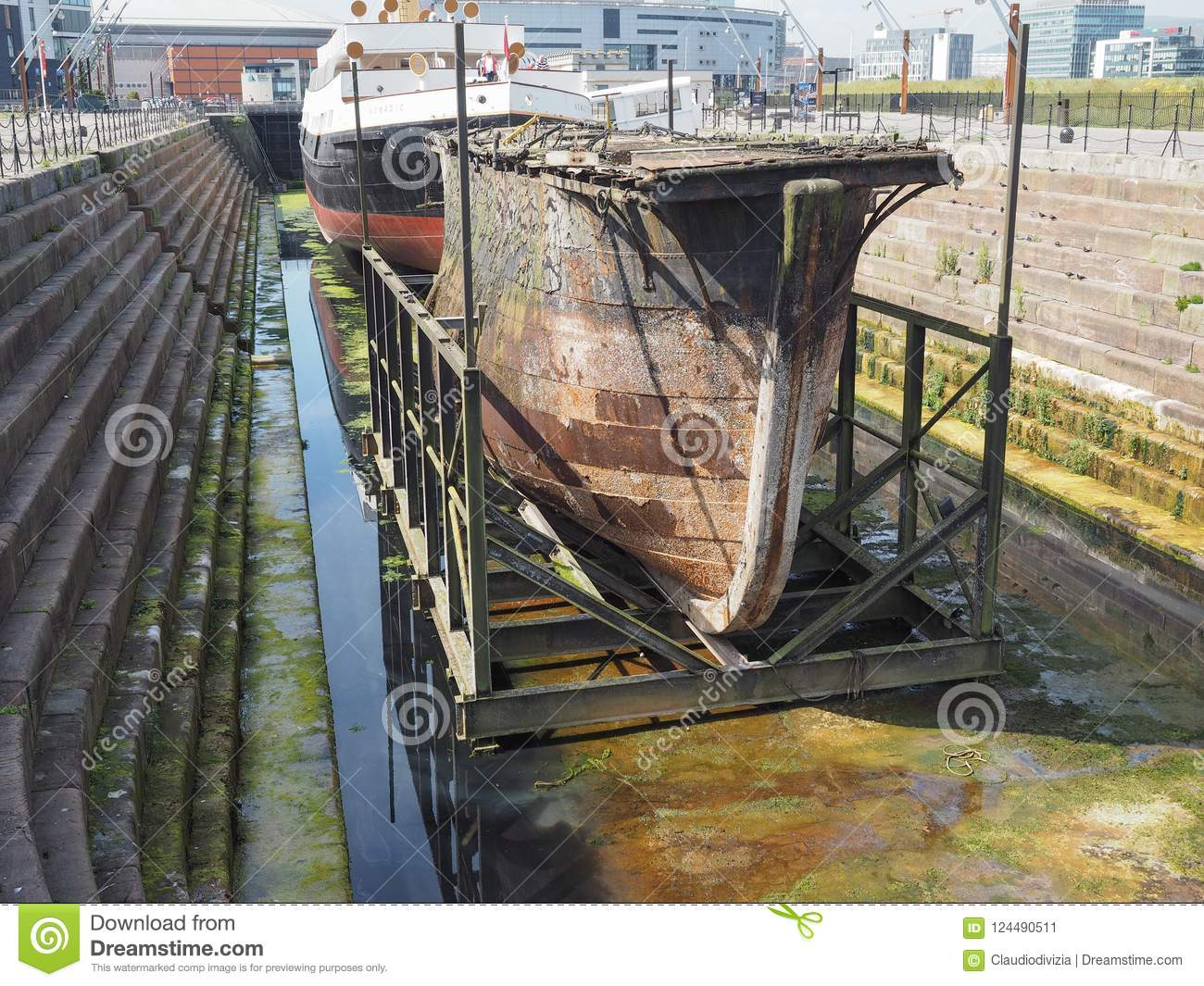 Caisson Metal Caisson Lock Gate In Belfast Stock Image Image Of Europe Metal