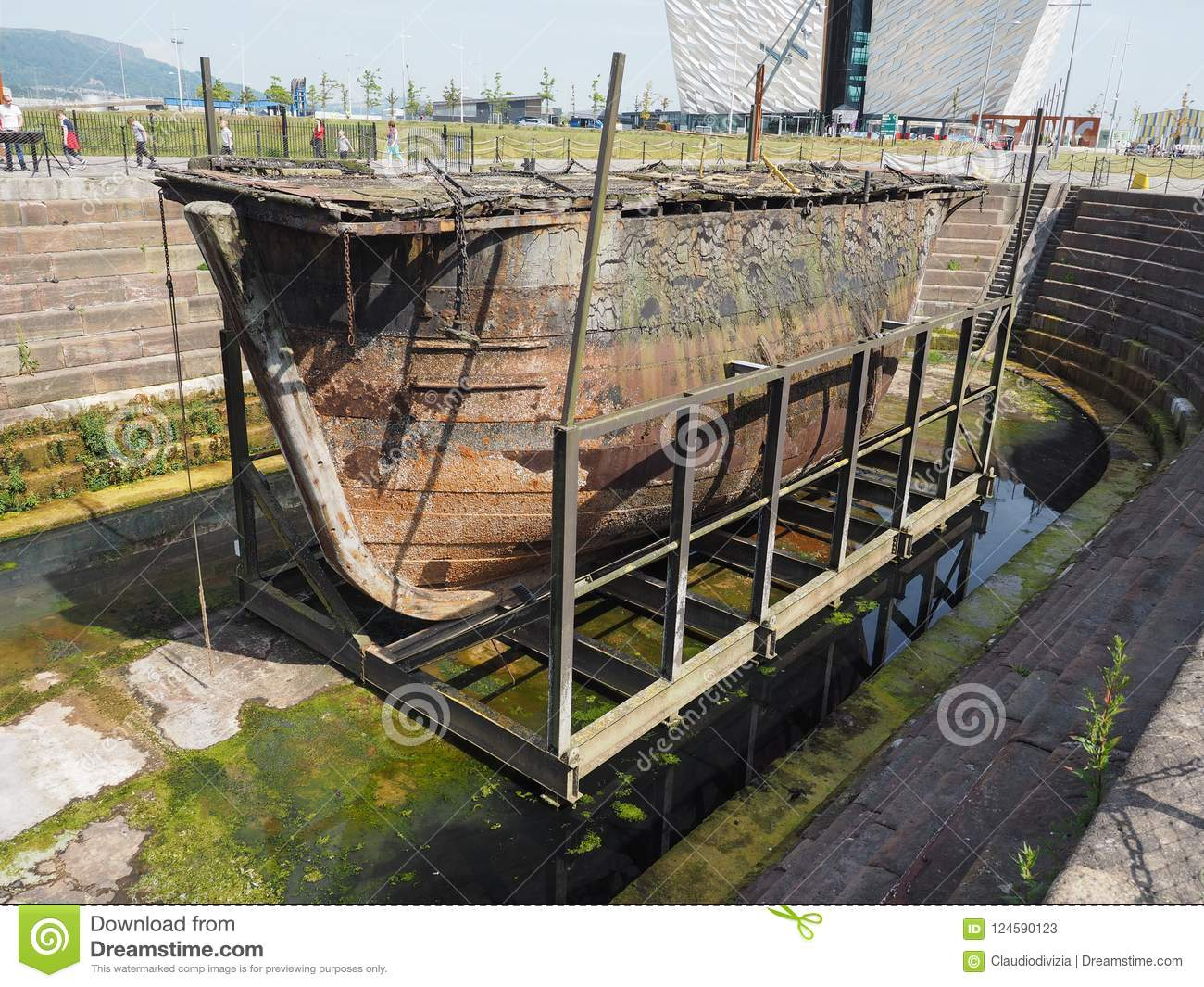 Caisson Metal Caisson Lock Gate In Belfast Editorial Stock Photo Image Of Lock