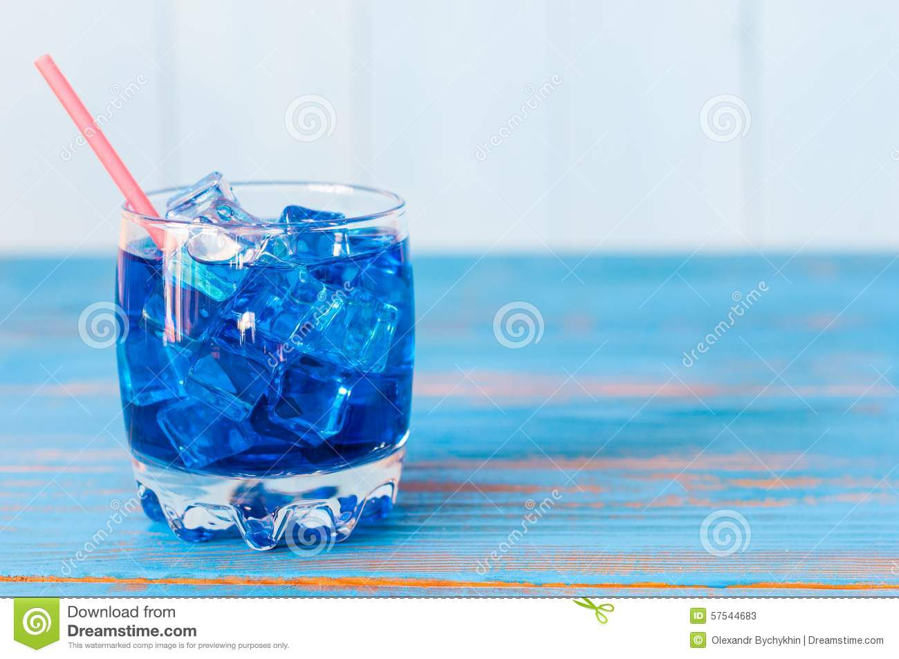 Blue Curacao Cocktail Alkoholfrei Blue Alcohol Or Alcohol Free Cocktail With Straw Stock Image
