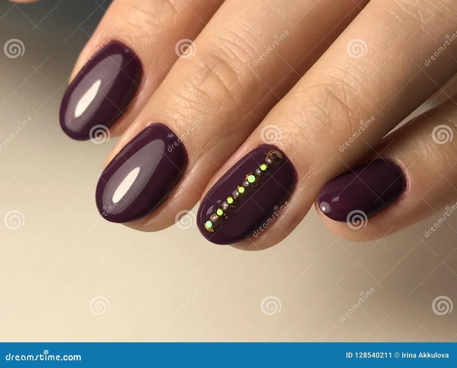 Bordeaux Nails Art Nail Ftempo