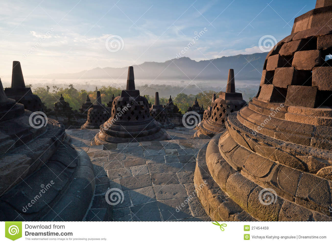Budhas Temple Borobudur Yogyaka Borobudur Temple Morning Sunrise Royalty Free Stock Images Image 800x534