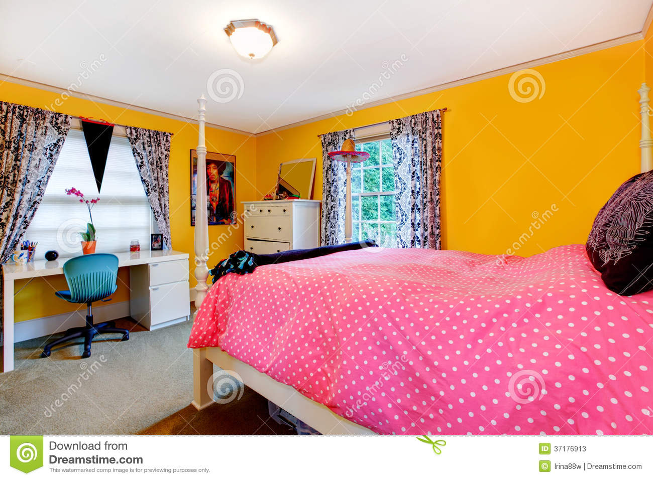 Pink And Yellow Bedrooms Bright Yellow And Pink Young Adult Room Stock Photos