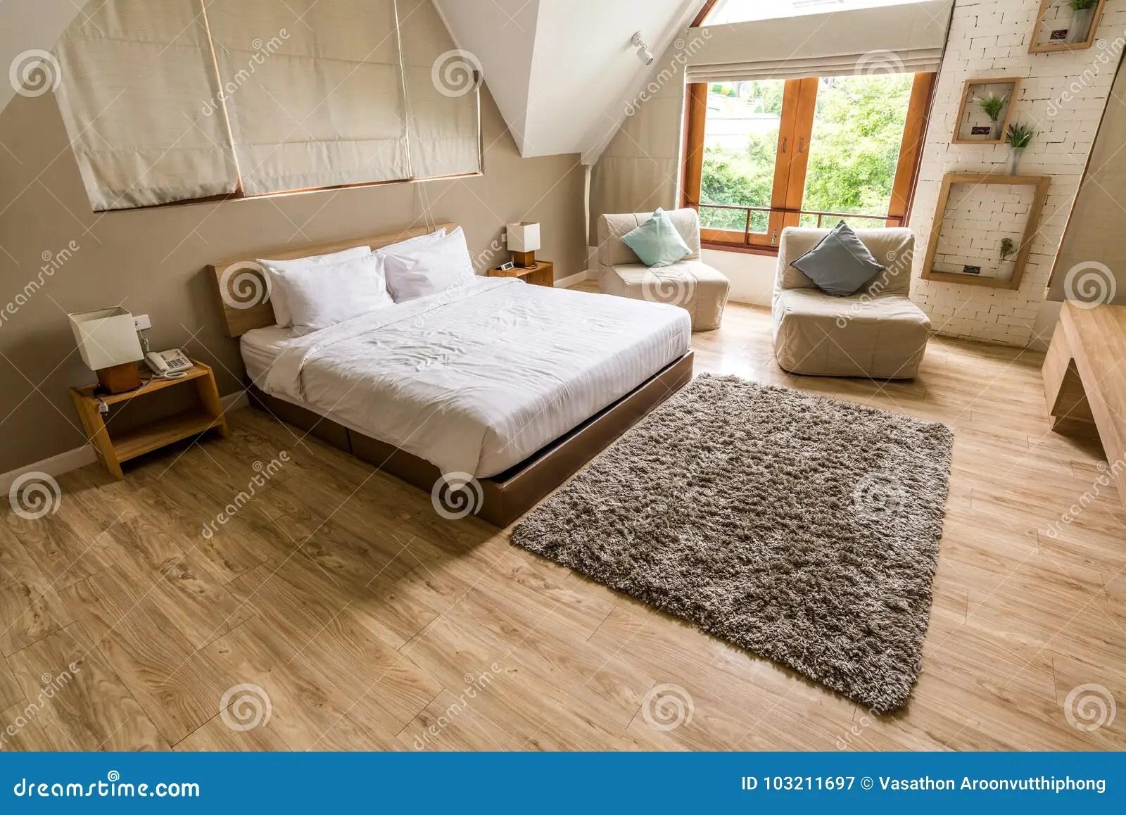 Piastrelle Per Pavimento Camera Da Letto : Quali sono le nuove tendenze per il pavimento della camera da letto