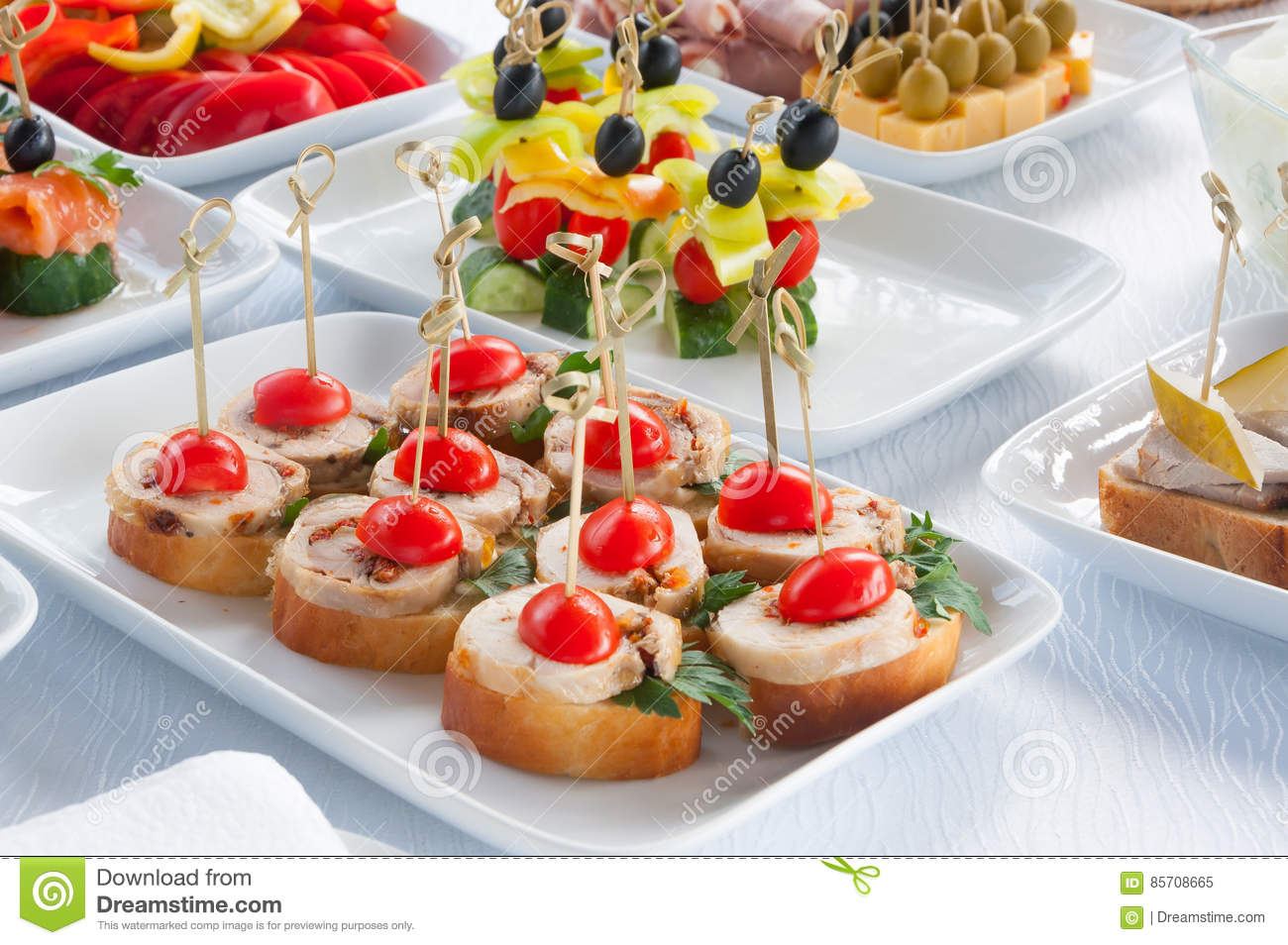 Canapés Wraps Canapes On The White Plates Stock Image Image Of Catering