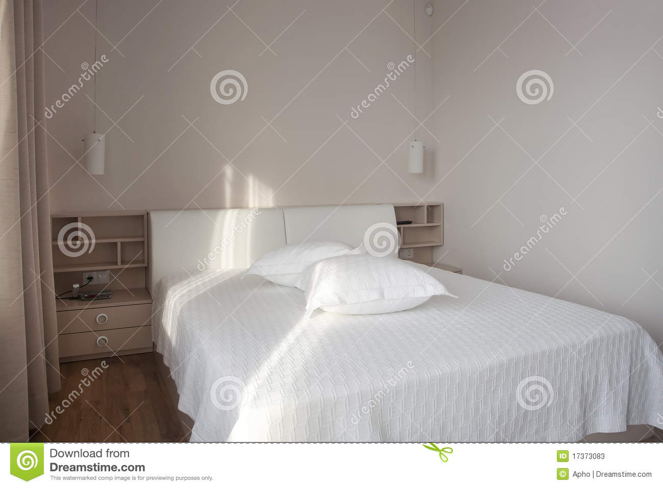 Chambre A Coucher Blanche Chambre à Coucher Blanche Photos Stock Image 17373083