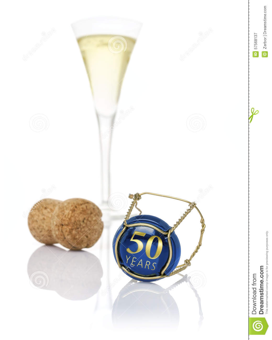 50 Plus Kaart Chapeau De Champagne Avec L 39inscription 50 Ans Photo Stock