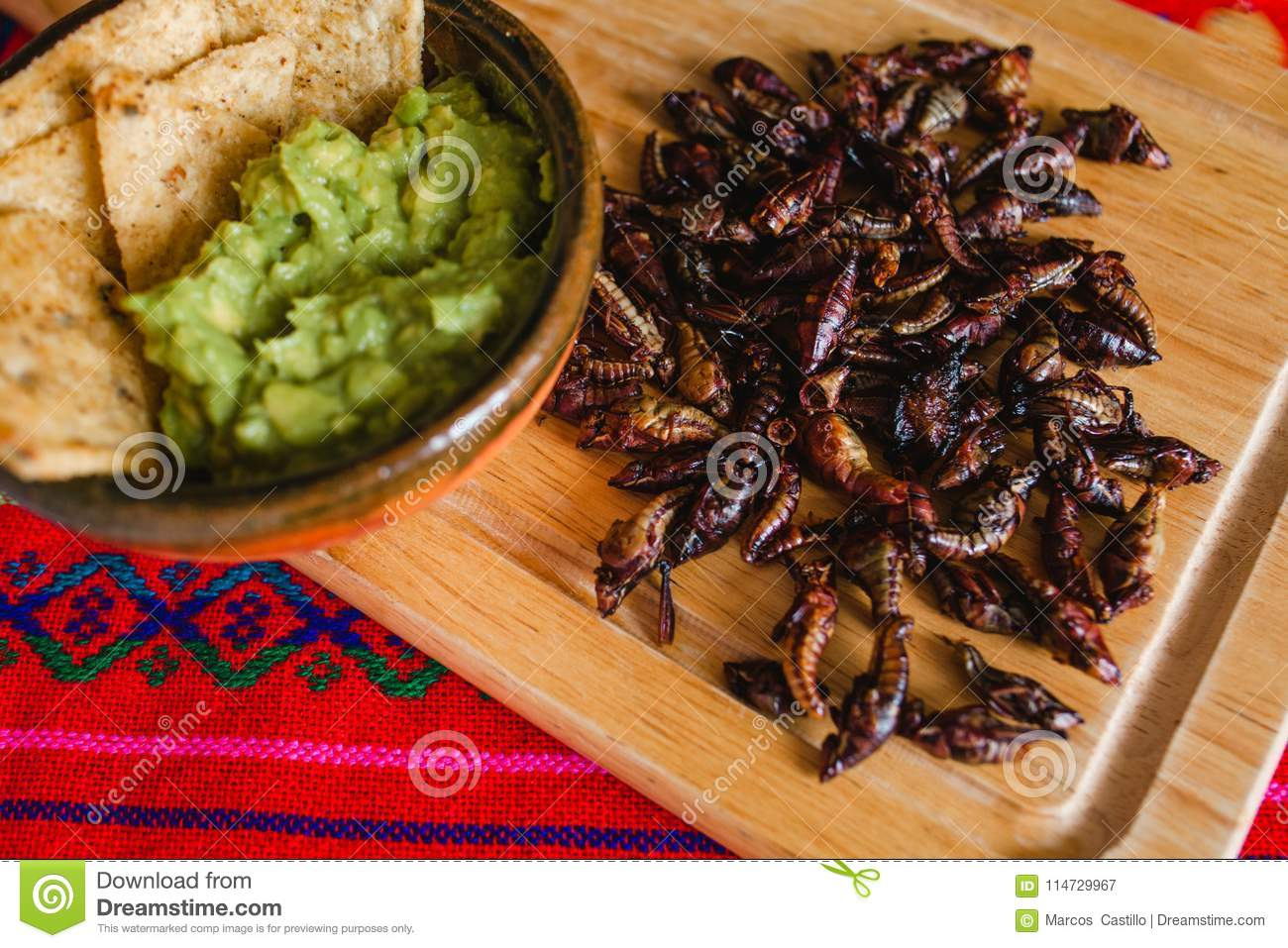Cuisine Mexicaine Traditionnelle Chapulines Cuisine Mexicaine Traditionnelle De Casse