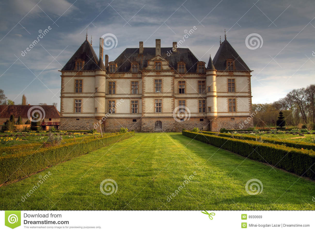 Bourgogne Chateau Chateau De Cormatin France Stock Image Image Of Spring