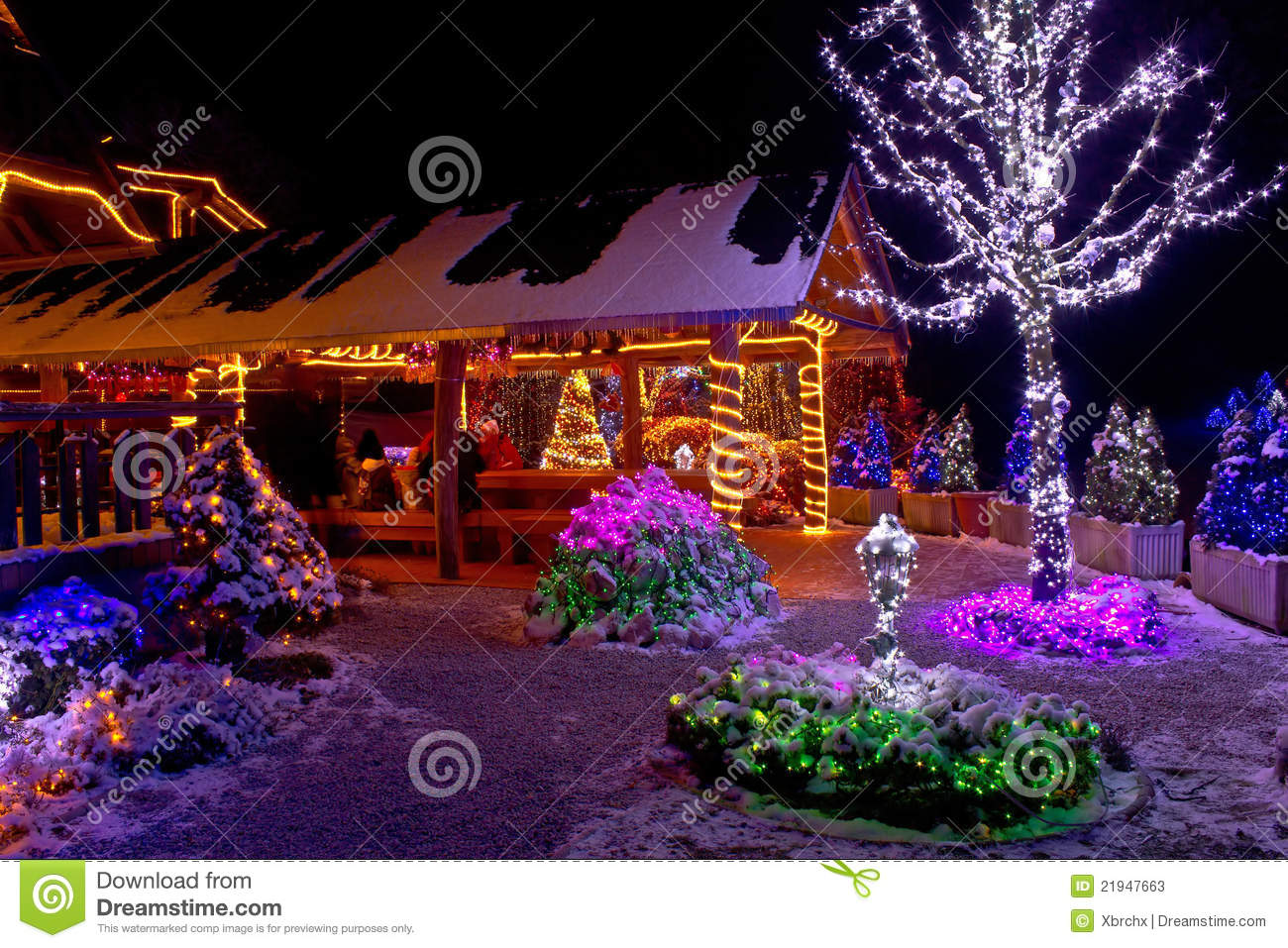 Cone Lumineux Noel Christmas Fantasy - Lodge And Tree Lights Stock Image