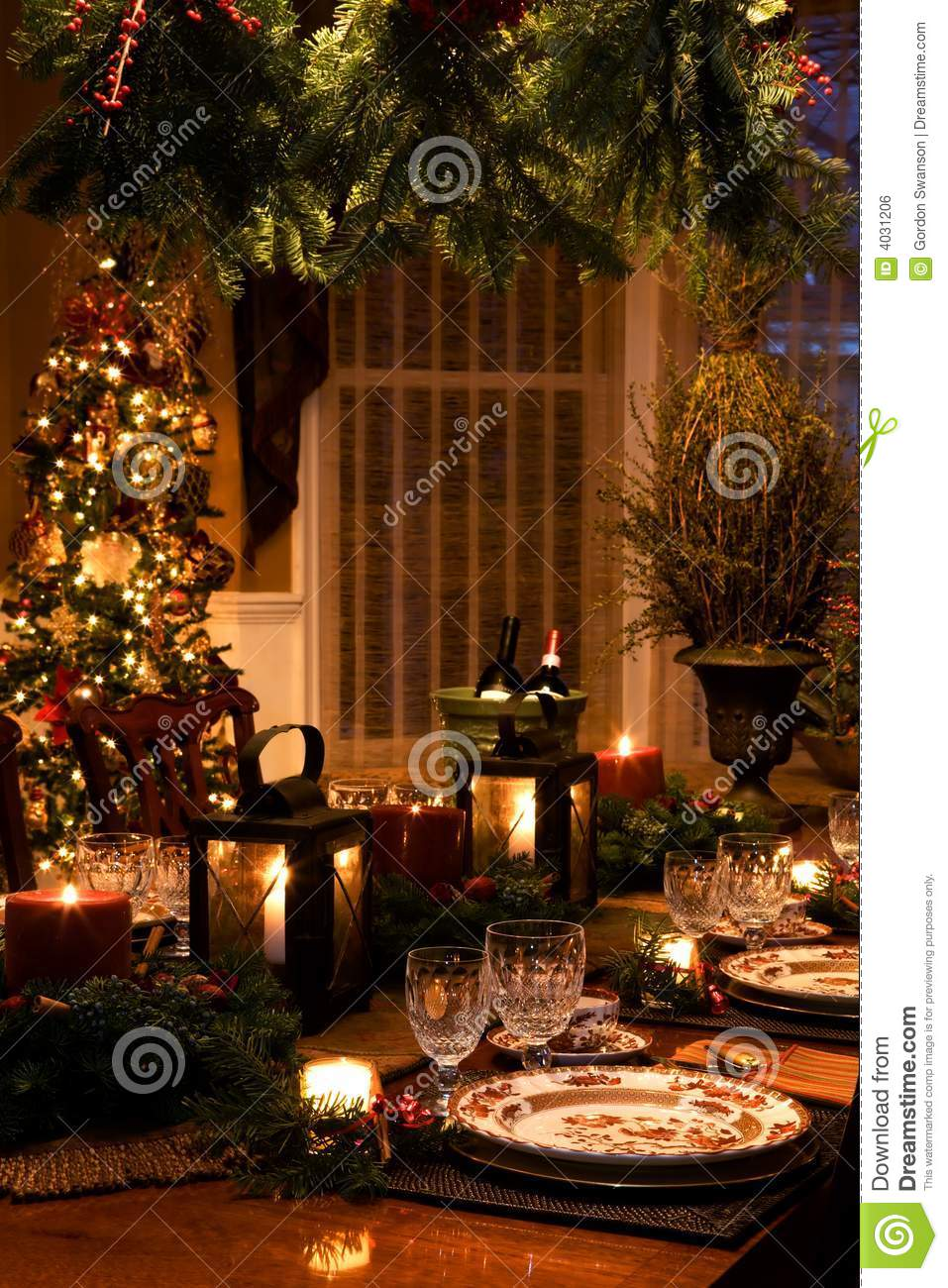 New England Fall Themed Wallpaper Christmas Interiors Stock Photo Image Of Decorate Dinner