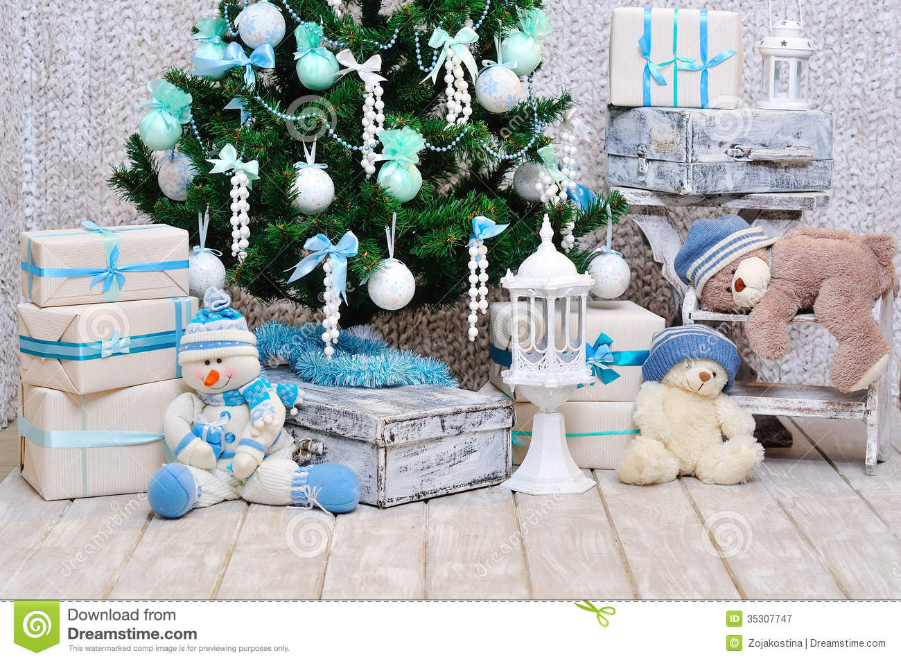 Deko In Mint Christmas Room Decoration In Blue And Mint Colors Royalty