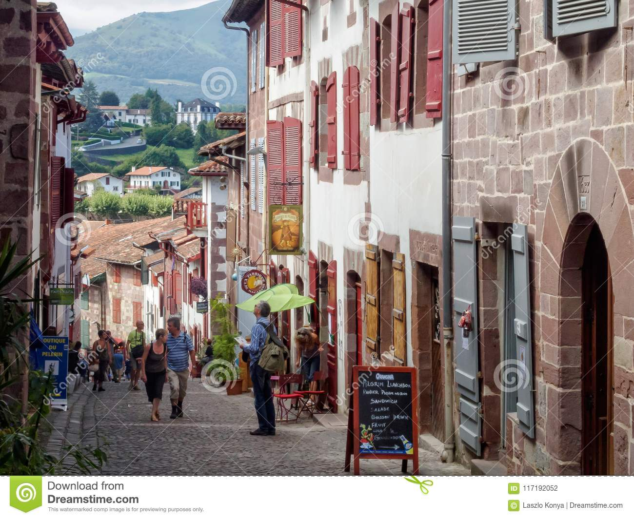 St Jean De Pied De Port Rue De Citadelle Saint Jean Pied De Port Editorial Photography