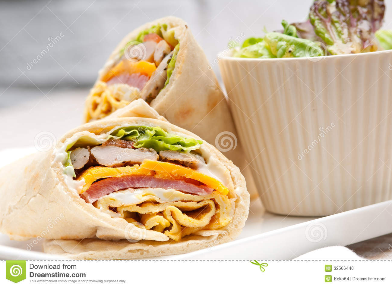 Ideas Para Cenar Rapido Y Facil Club Sandwich Pita Bread Roll Stock Photo - Image Of