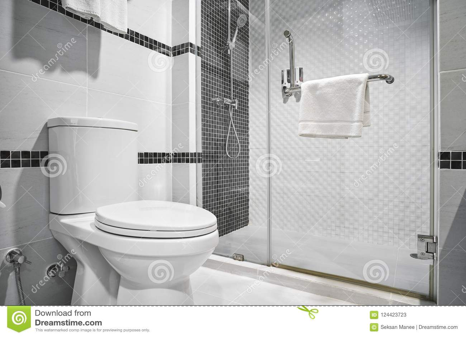 Decoracion Cuarto De Baño Negro | Decoracion De Baño En Blanco Y ...