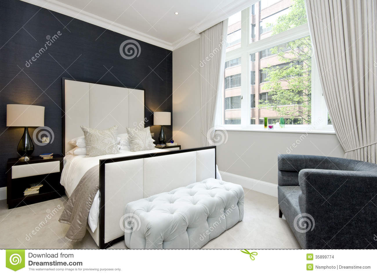 Bedroom Designer Free Contemporary Bedroom With King Size Bed With Luxury
