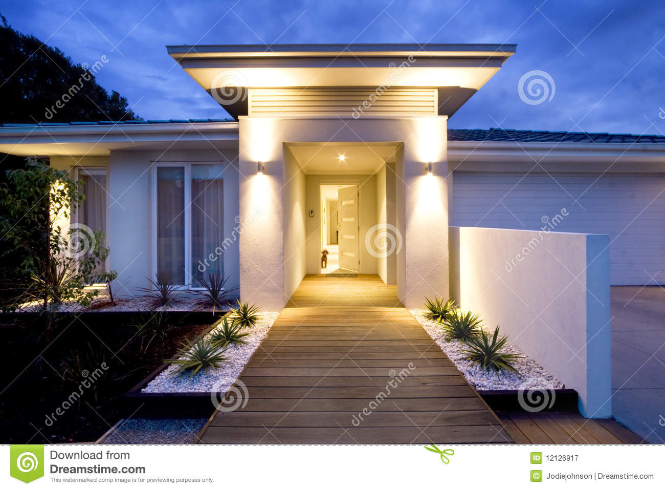 Luminaire Exterieur Facade Contemporary Home Front Entrance Royalty Free Stock