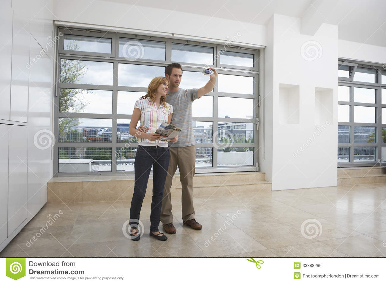 Couple Apartments Couple Photographing Empty Apartment Royalty Free Stock