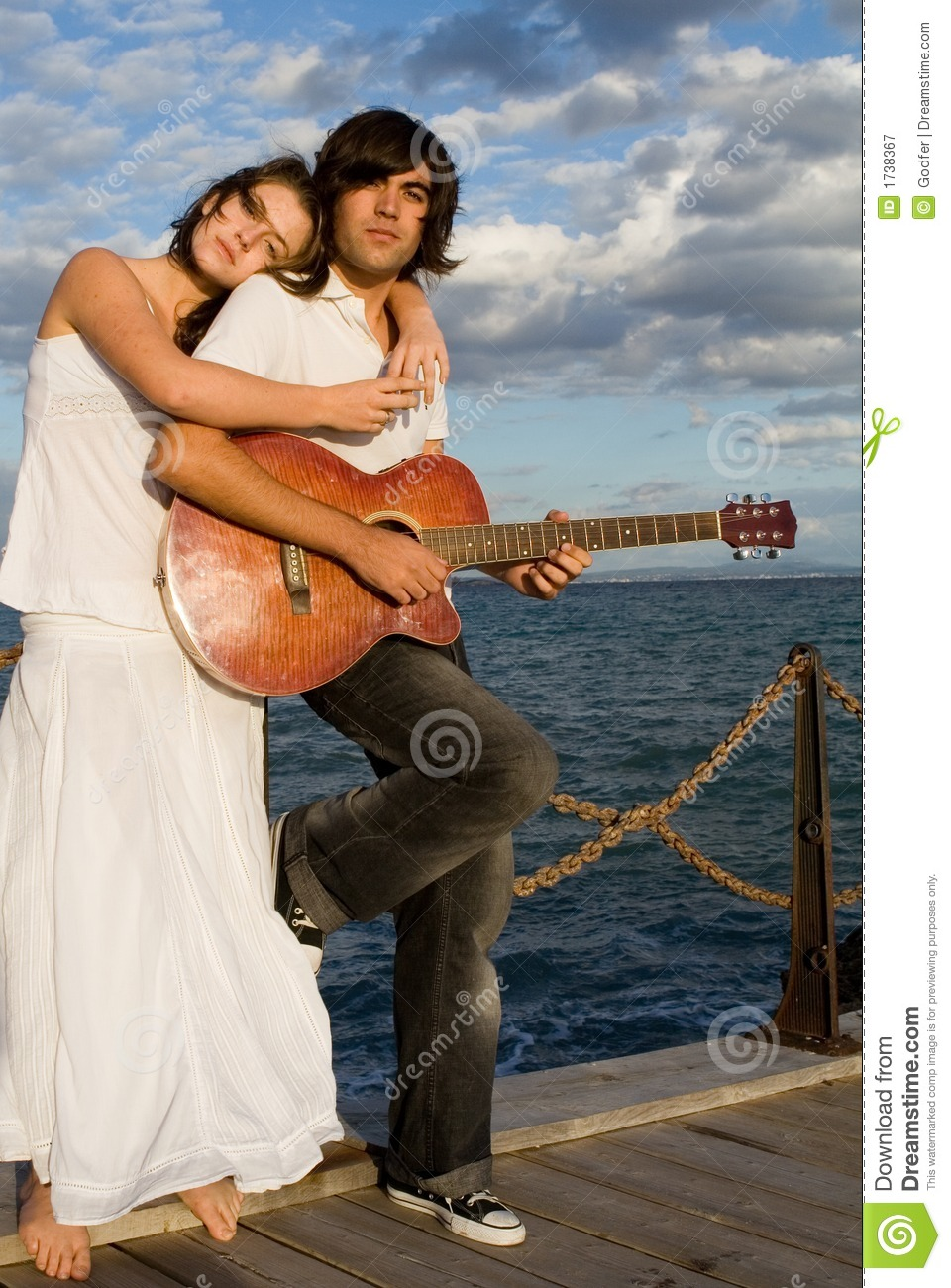 Chinese Girl Wallpapers Hd Couple Playing Guitar Royalty Free Stock Photography