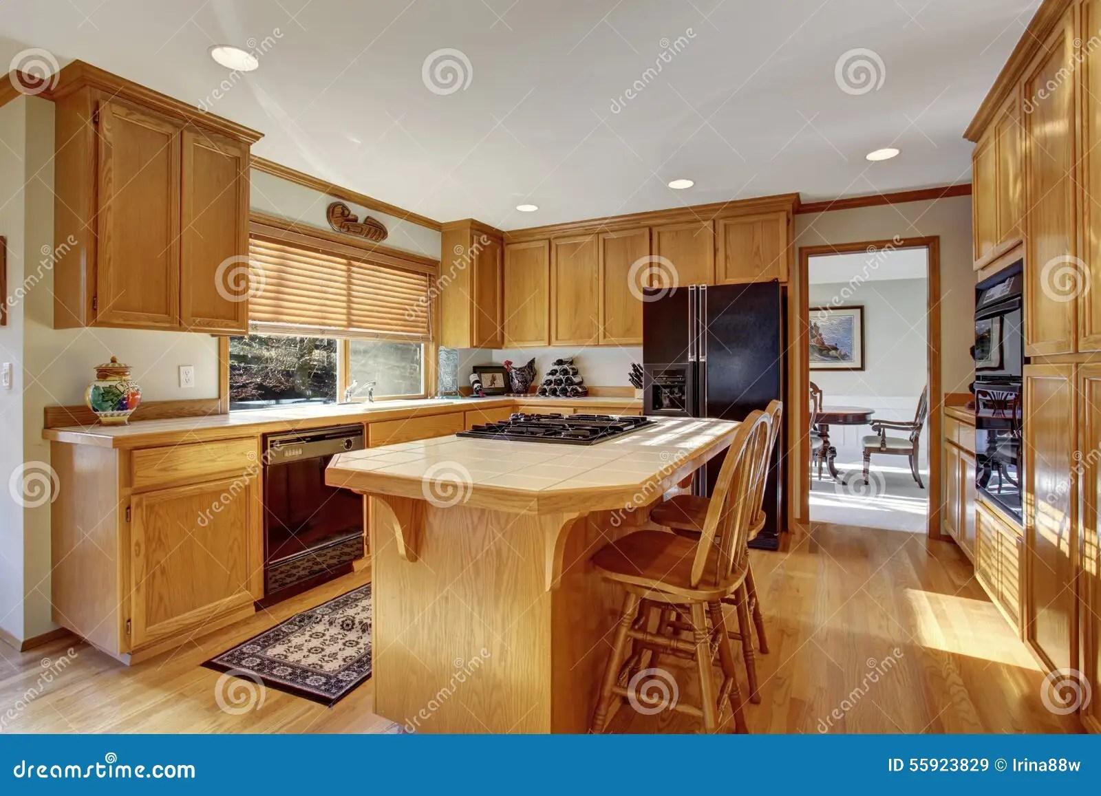 Cucina Classica Pavimento | Parquet Cucina Pavimento Laminato Per ...