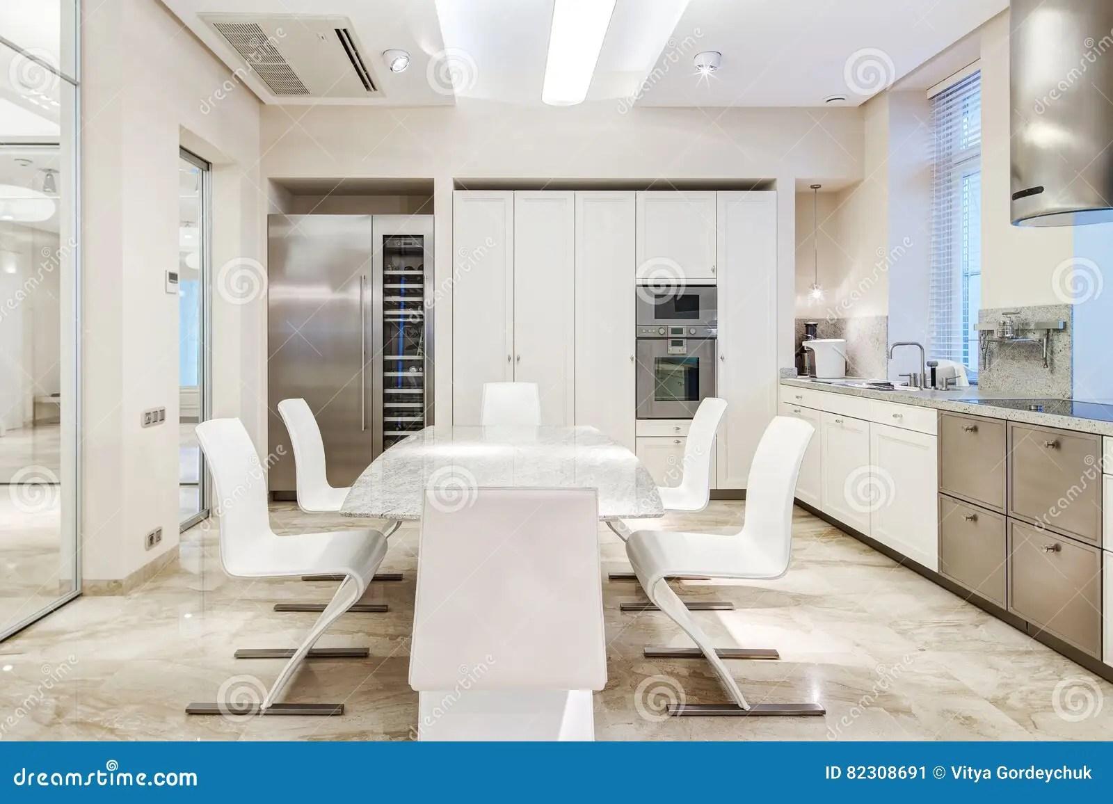 Cucina Di Lusso | Progetta La Cucina Meglio Di Altezza Bancone Snack ...