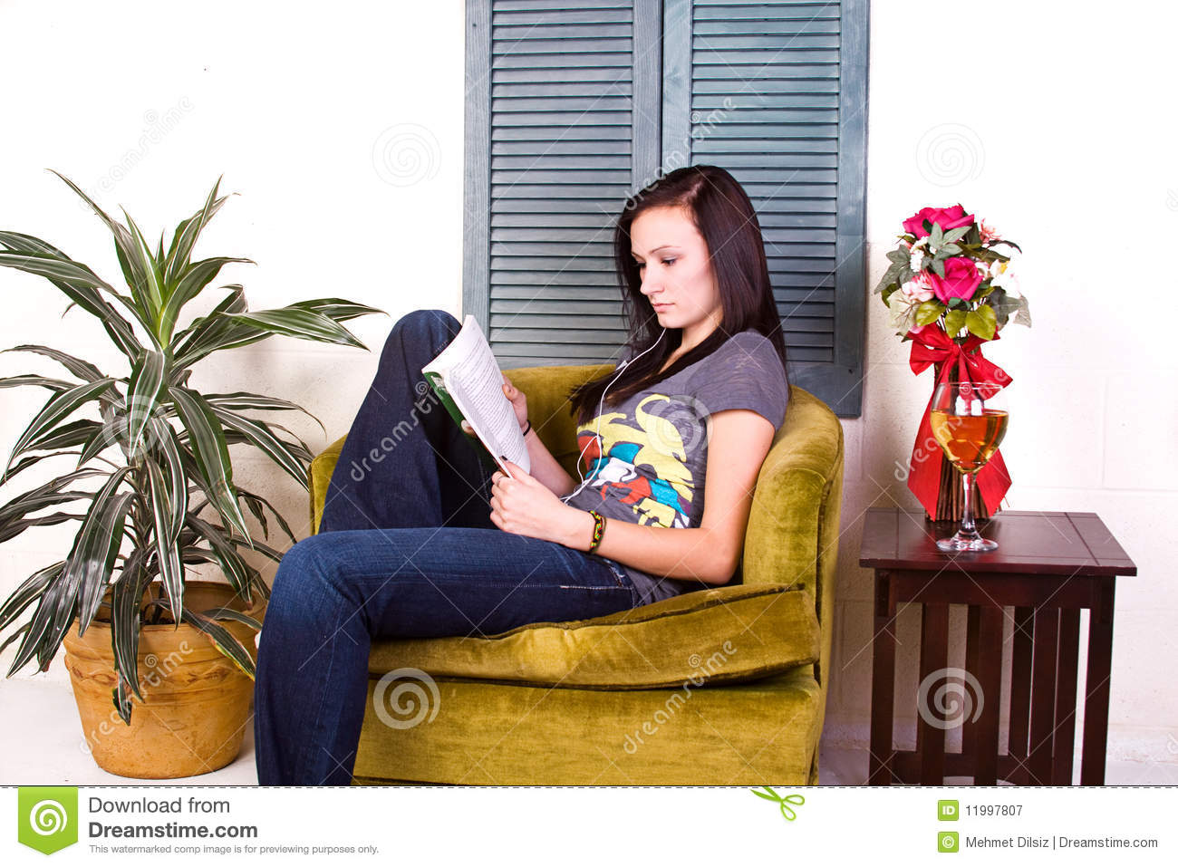Cute Reading Chairs Cute Teen Girl Reading A Book Royalty Free Stock