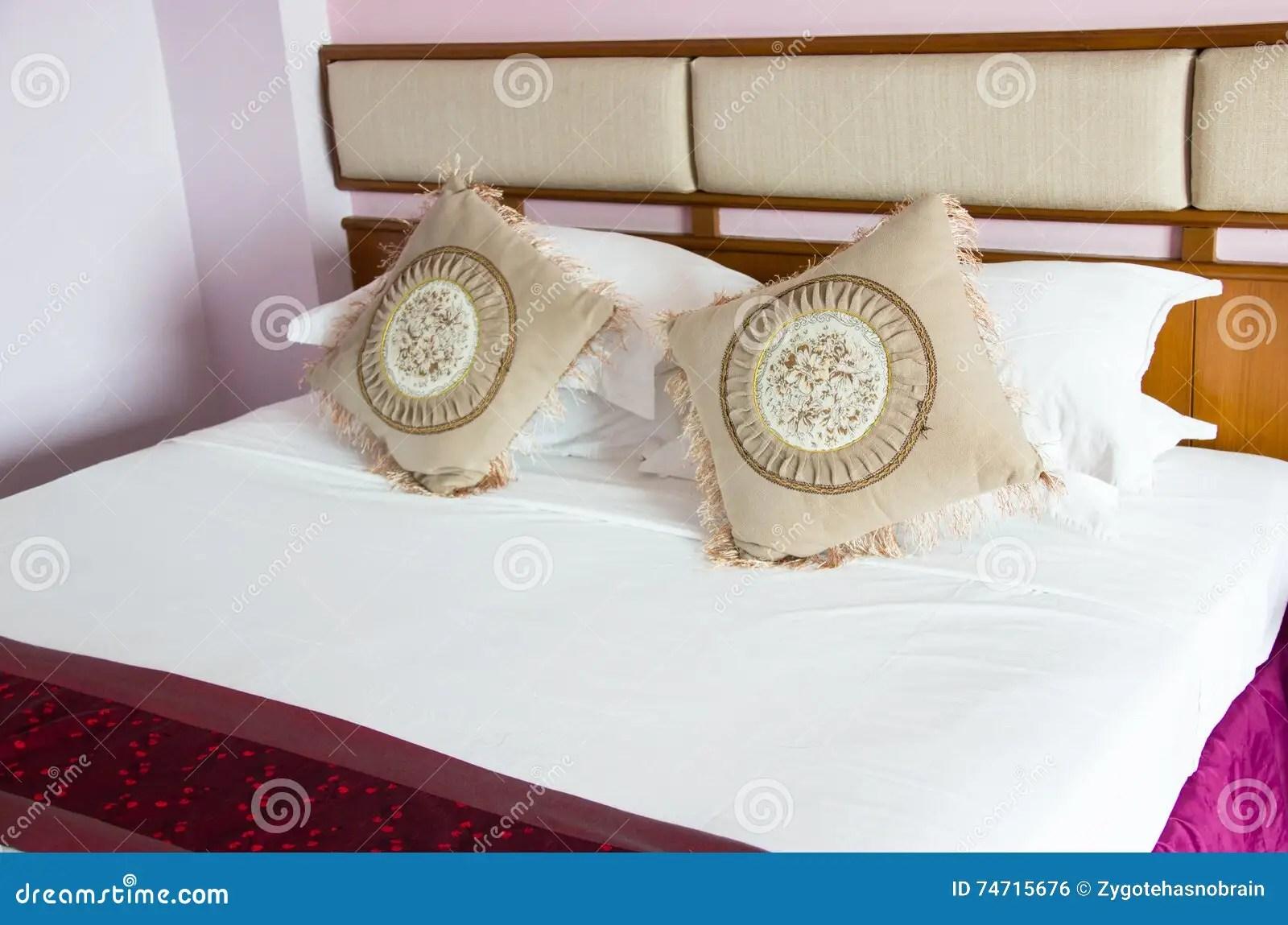 Oosterse Slaapkamer Inrichten : Tweepersoonsbed grootte grote slaapkamer inrichten