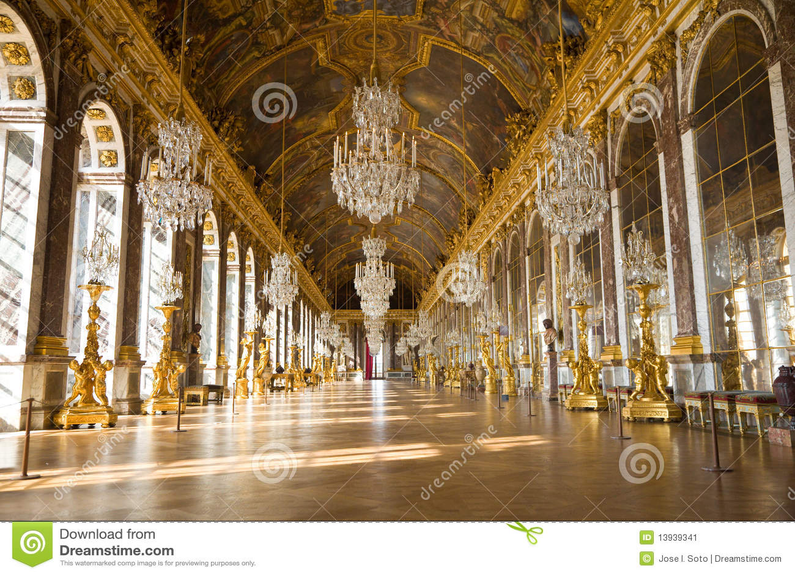 Real Madrid Wallpaper 3d De Zaal Van De Spiegel Van Versailles Chateau Redactionele