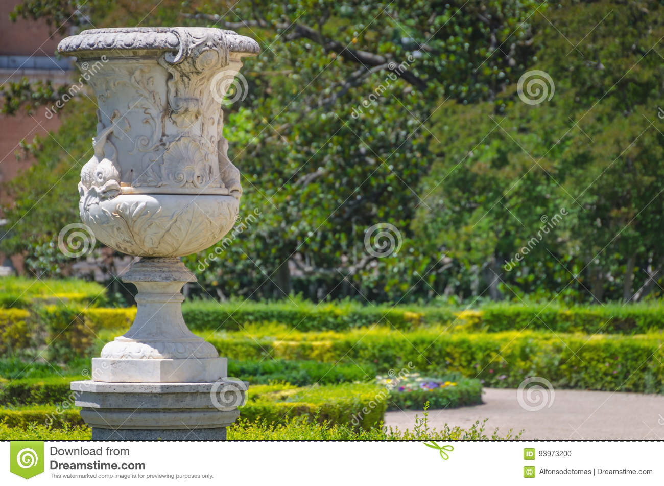 Decoration Parterre Decorative Vase In Parterre Garden Aranjuez Stock Photo Image Of