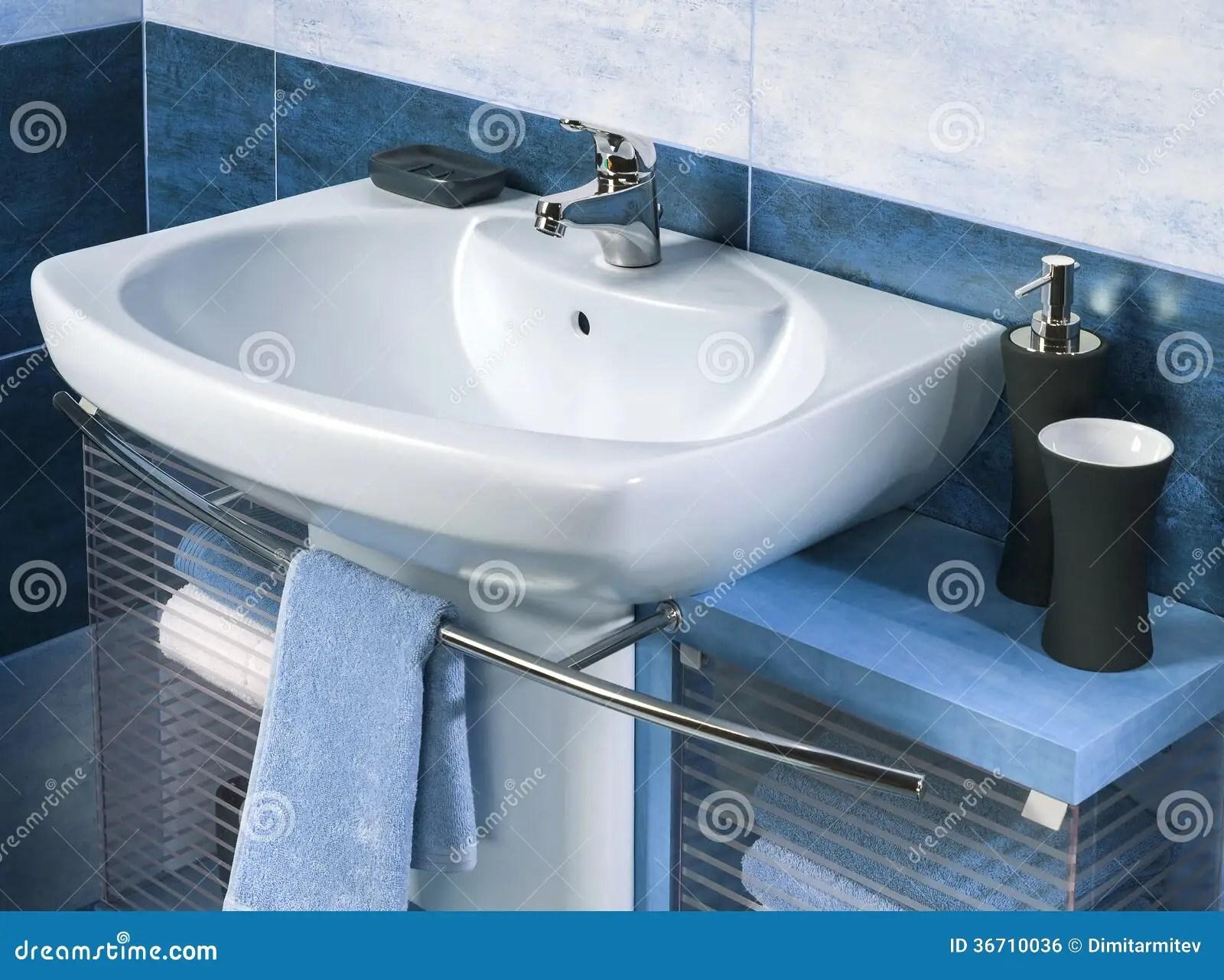 Vasca Da Bagno Hatria : Lavandino hatria lavabo sospeso azzurra ceramica glaze cm