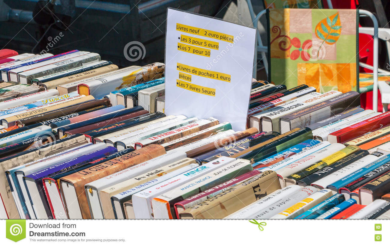 Book Display Stand Display Stand Used Books Editorial Photography Image Of Street