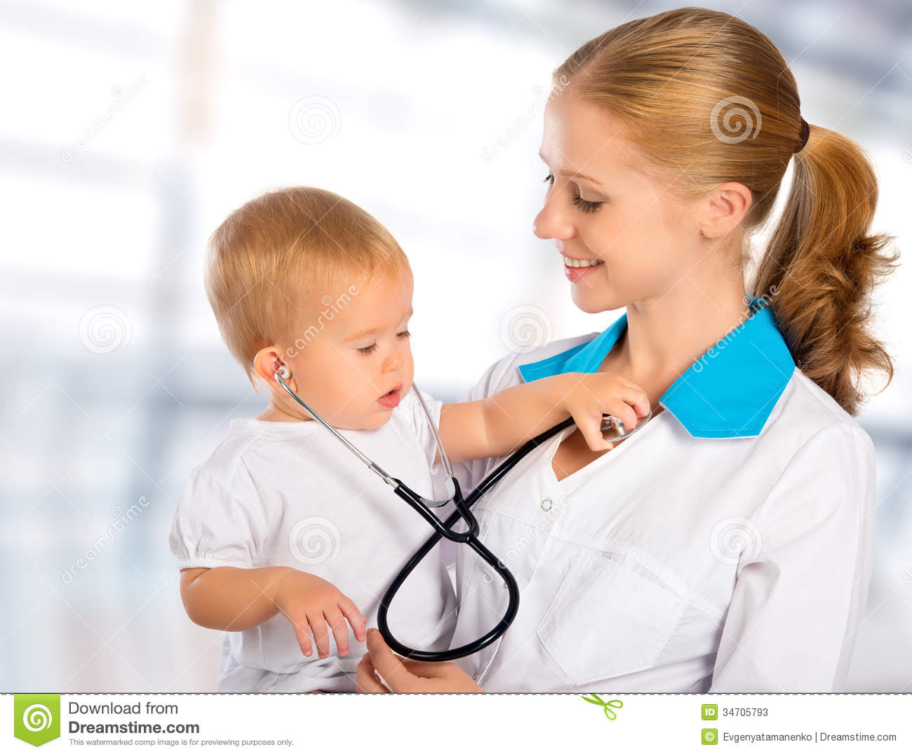 Cute Baby Attitude Wallpaper Doctor Pediatrician And Patient Happy Child Baby Stock