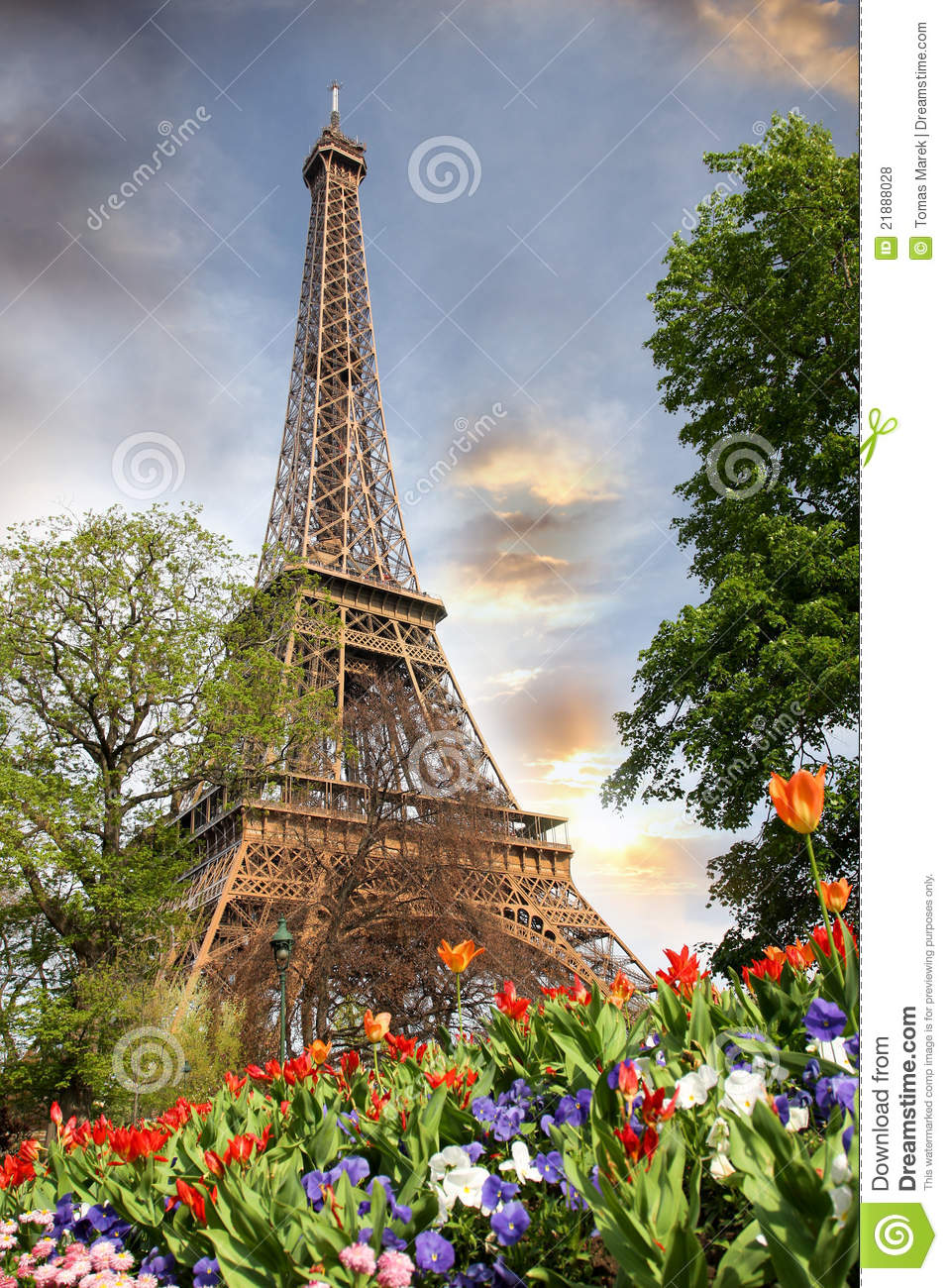 Rain Fall Hd Wallpaper Download Eiffel Tower In Spring Time Paris France Royalty Free