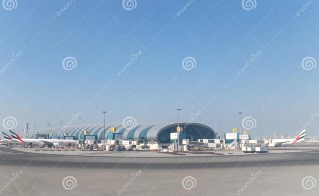 Emirates Airlines Terminal At Dubai International Airport Editorial Stock Image Image 22752059